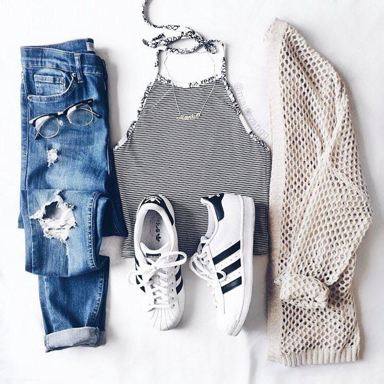 Shorts Outfit Casual wear, Crop top