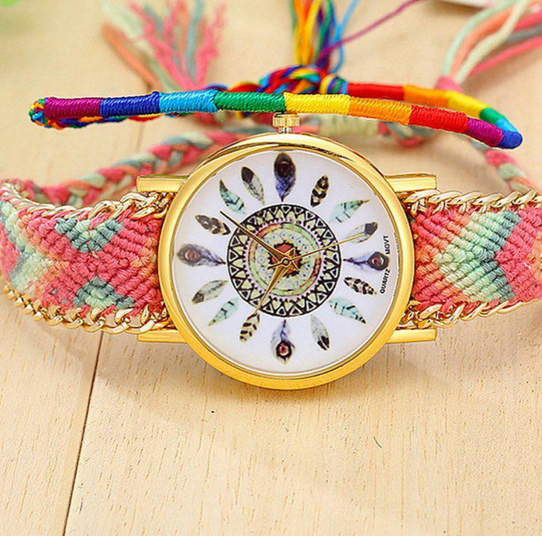 Hermoso reloj tejido  $20.000 COP  #relojesmujer #plumas #tejido #accesorios #li…