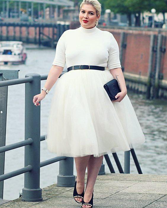 #elegancy #plussizefashion #plussize #glamour #blackandwhite #dress #instafashio…