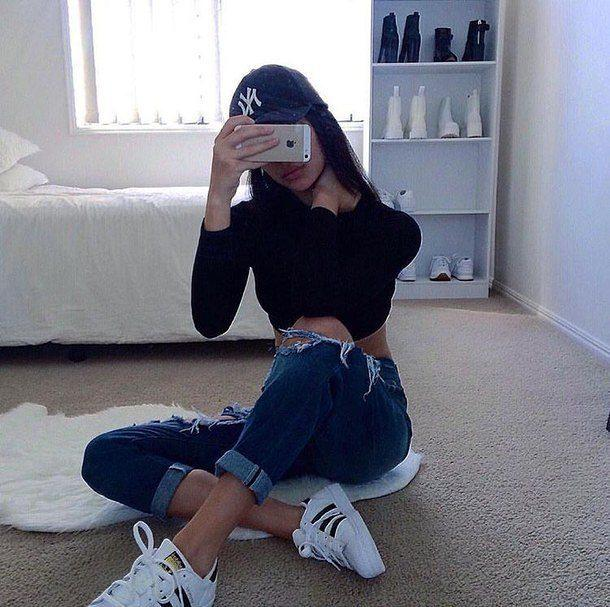 Styles to Wear Ripped Jeans for Teenage Girls…