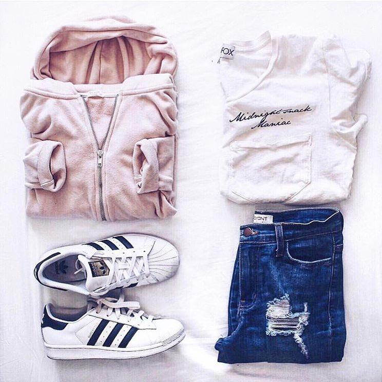 Shorts Outfit Casual wear for summer.