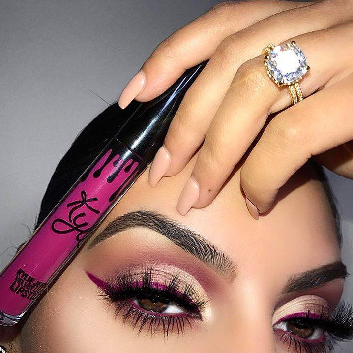 Makeup Ideas for Summer Season…
