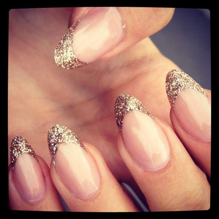 Gold glitter tipped nails – perfect for the minimal trend with a hint of sparkle…