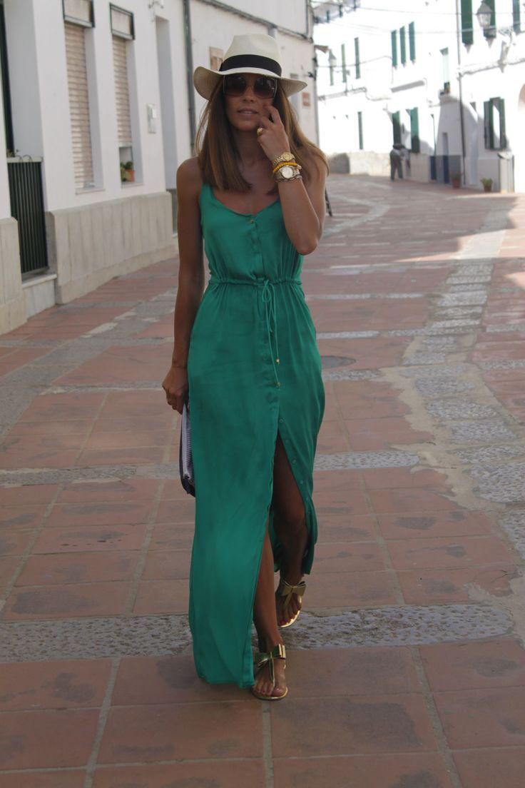 Cool Beach Outfits 2018 : Go for a long and flowy green dress on your beach holiday