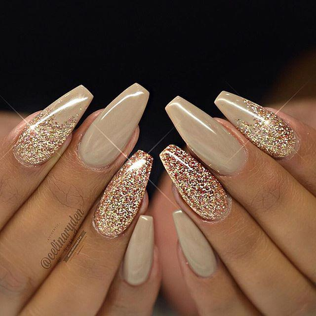 Sparkling Golden Glitter Nails
