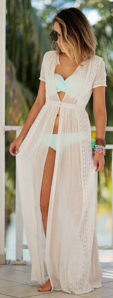 f8c1429181 Cute Honeymoon Outfits Ideas: Saida de banho: on Stylevore