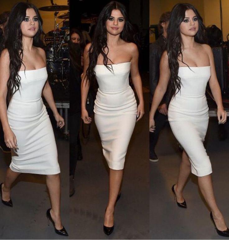 Selena Gomez Off Shoulder Style