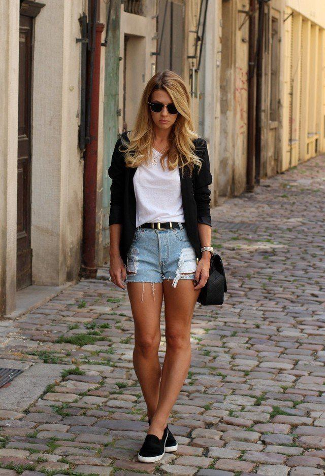 3cc6f29e98 Chic White Tee Outfit Idea with Denim Shorts For Summer on Stylevore