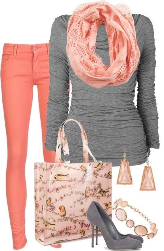 blush skinny jeans, grey colored long-sleeve top, blush scarf, fun tote bag, grey pumps.