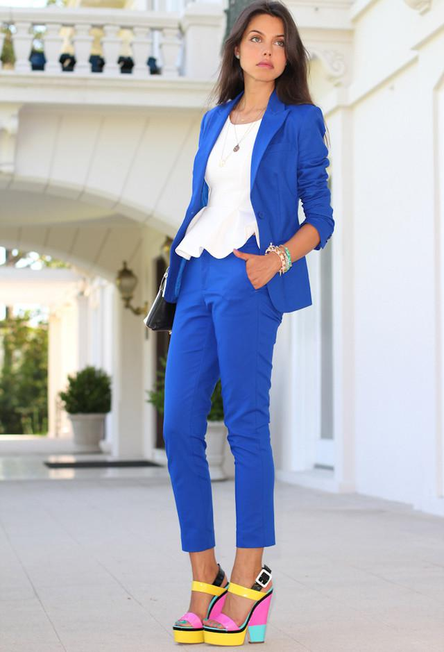 c9c78a13a66 Voguish Work Clothes for Office Ladies on Stylevore