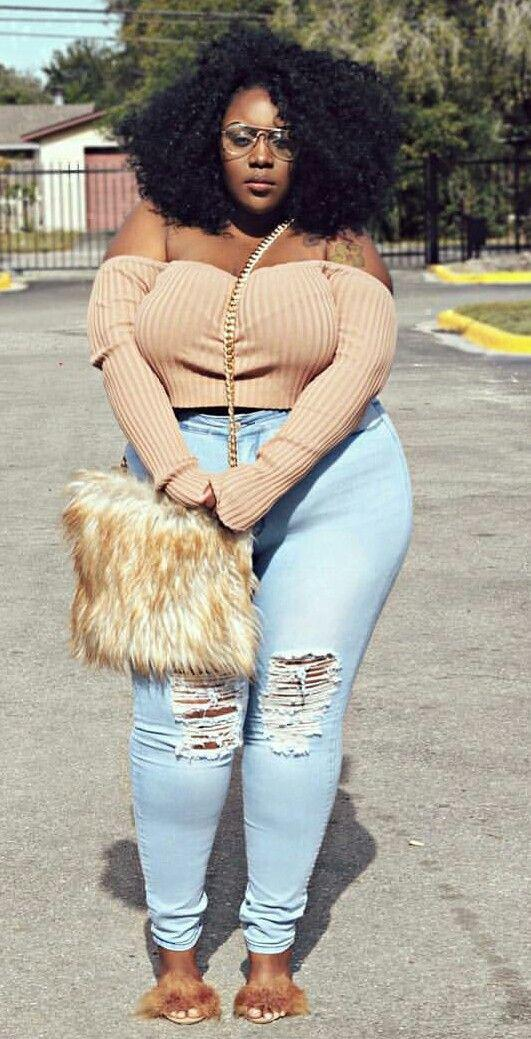 mollige | Fashion & Style in 2019 | Plus size jeans, Outfit