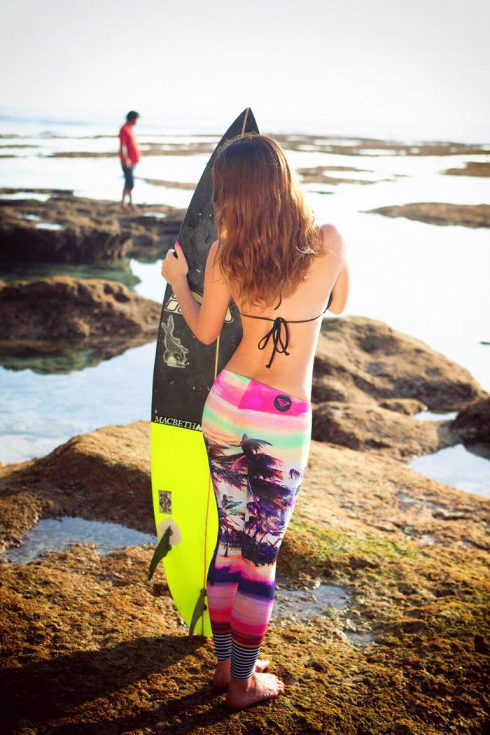 Surfer Girl Style – Surf Fashion Staples