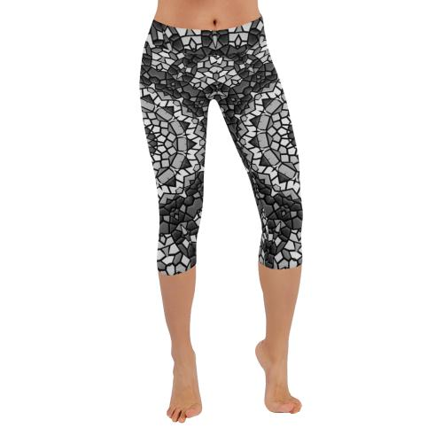 Monochrome Low Rise Capri Leggings (Invisible Stitch) (Model L08)