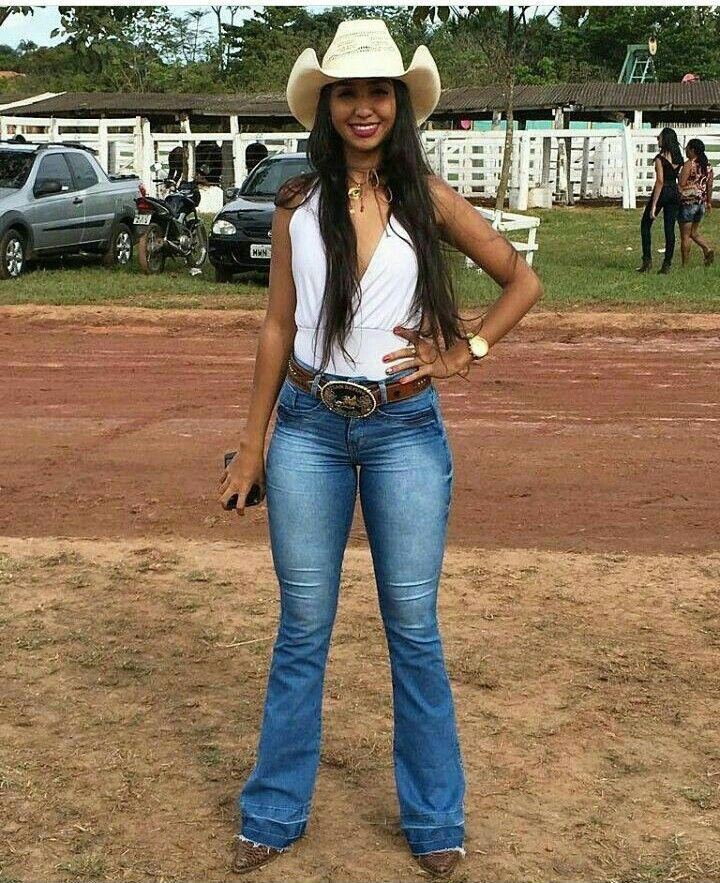 Cowgirl Outfits With Boots 2019 | Summer Cowgirl Outfits