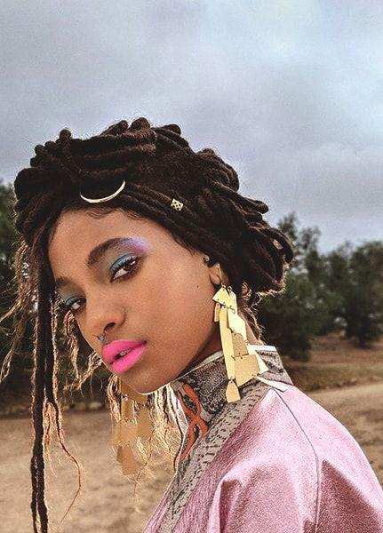Whip My Hair. 10 Celebrity Inspired Bright Summer Makeup Looks