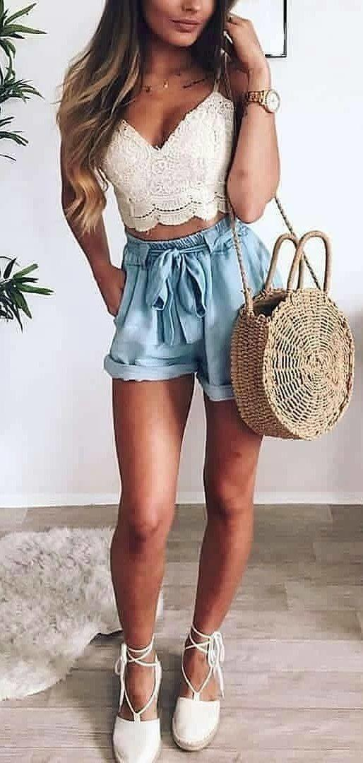 f8e6ab96f21 Spring Outfit Vintage clothing