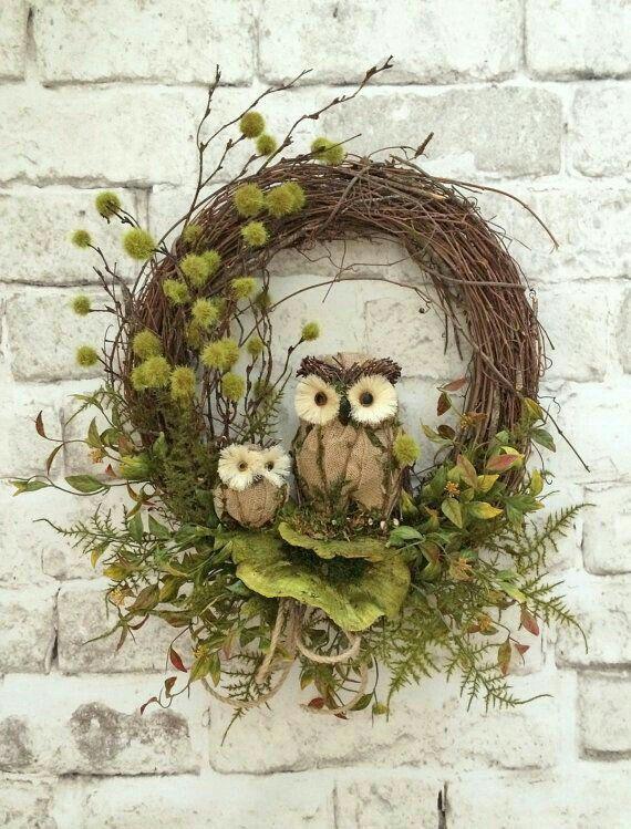 Owl wreath, Hessian fabric, Natural material
