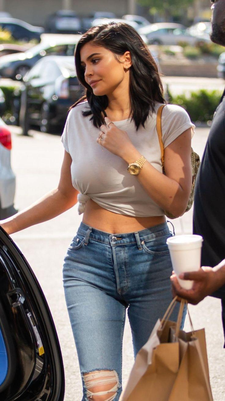 Keeping Up with the Kardashians. Keeping Up with the Kardashians. Kylie Jenner Outfits- 75+ Pict ...