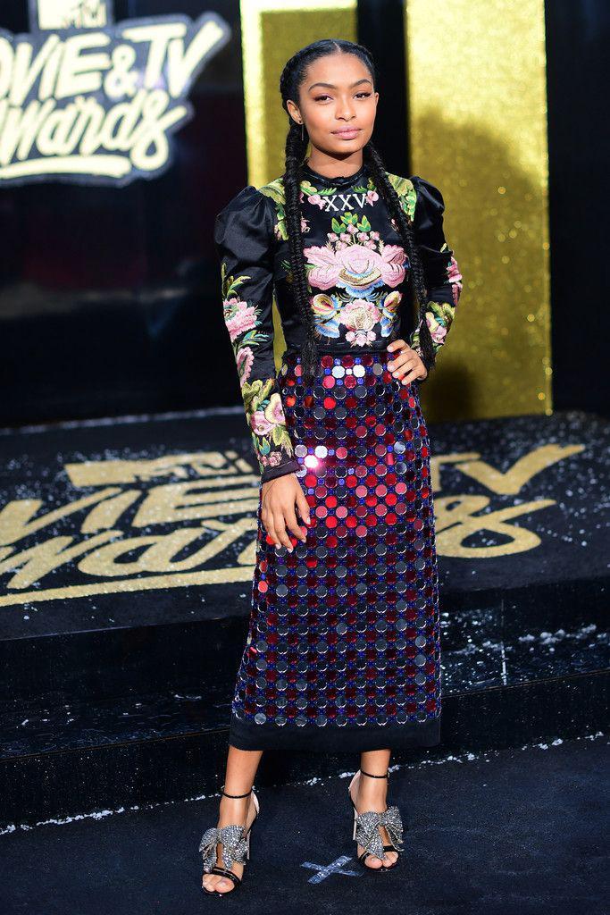 Yara Shahidi in 2017 MTV Movie and TV Awards – Red Carpet