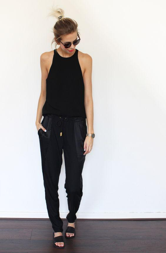 Jogger pants outfit, Bun hairstyle with Casual wear, Pantalones jogging