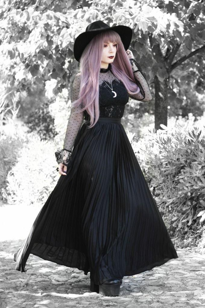 Lolita fashion, Goth subculture – fashion, clothing, lookbook,