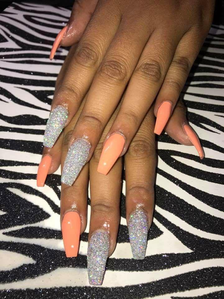 Acrylic nail ideas winter on Stylevore