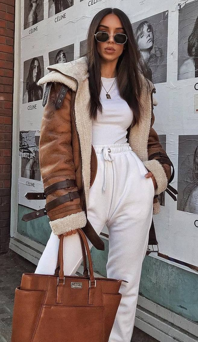 Street fashion,  Trench coat