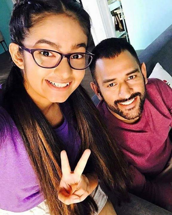 Ms dhoni and anushka sen