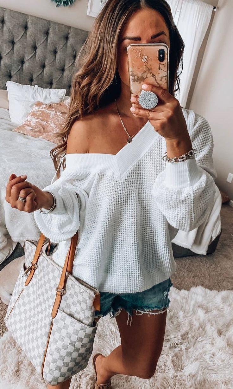 Louis Vuitton,  Messenger Bags