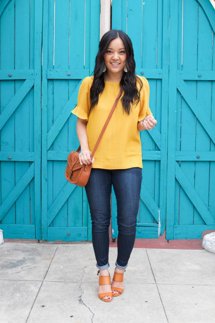 332af0ee2d3 Yellow top outfits on Stylevore