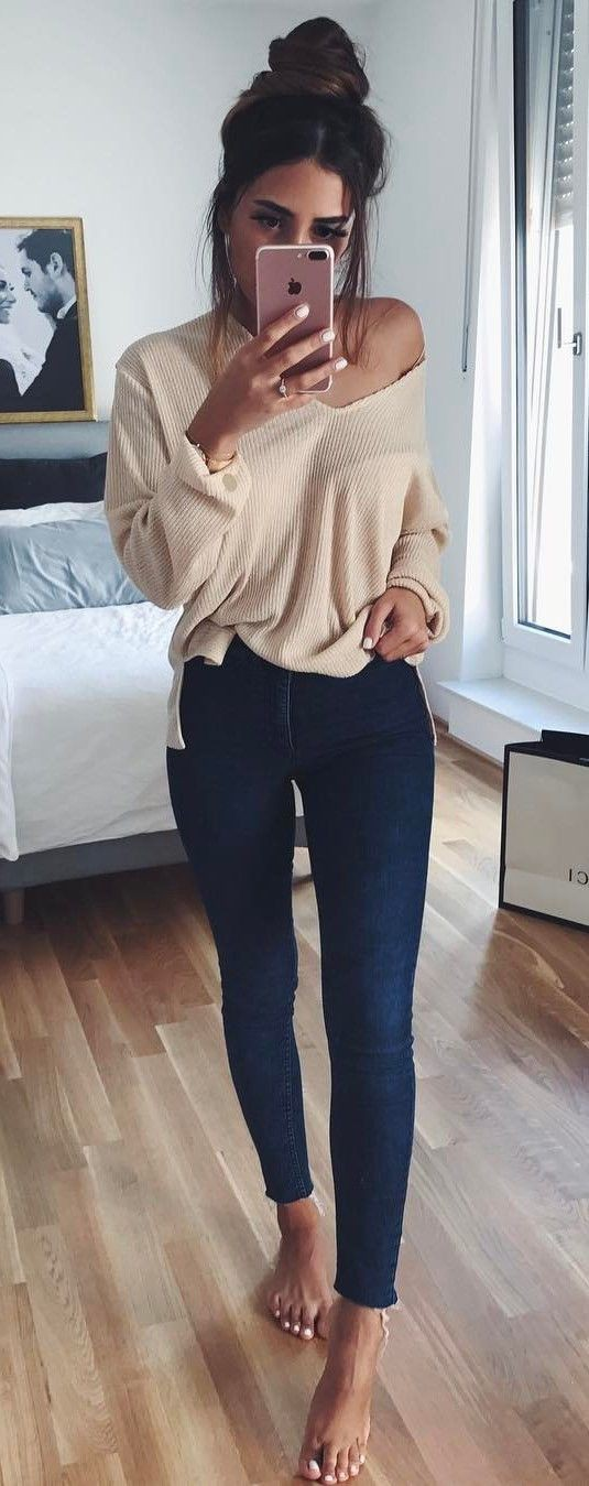 Beige top outfit