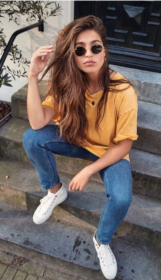 Chic Ways To Wear Yellow Outfits