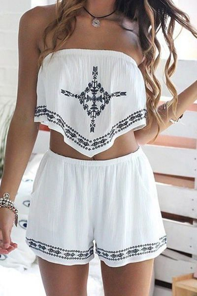 Loose fitting crop tops