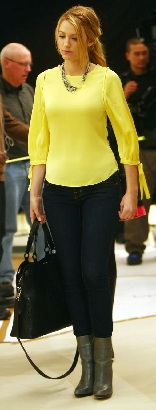 Neon Yellow Top + Dark Wash Jeans