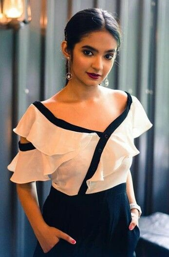 Party wear tips for teen from Anushka Sen