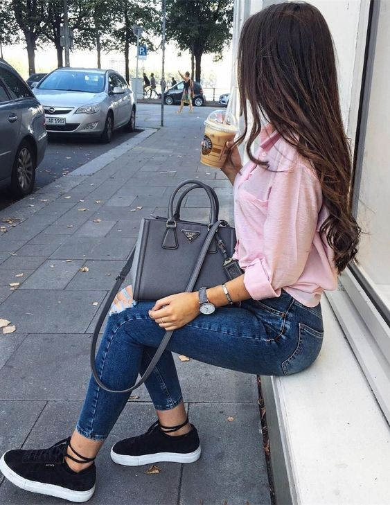 Comfy Outfits For Everyday College Look