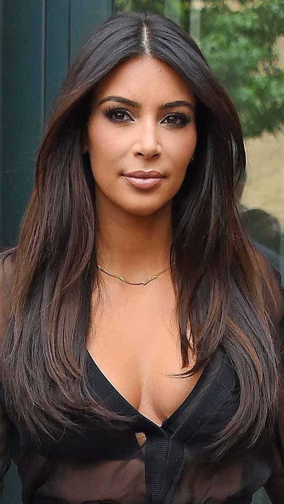 Dark Skin Girl With Brown Hair on Stylevore