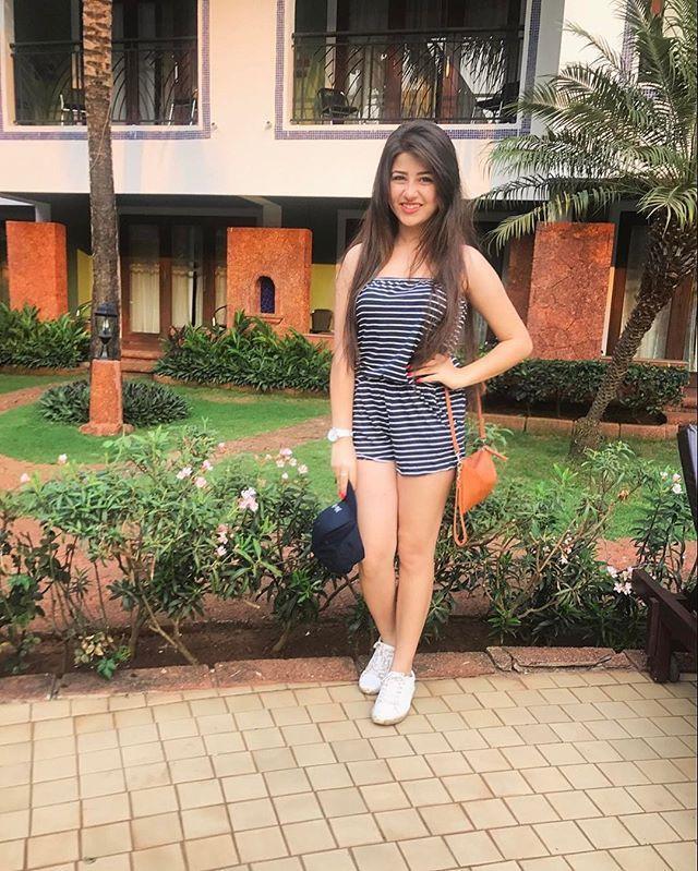 Aditi Bhatia Latest Profile Pics