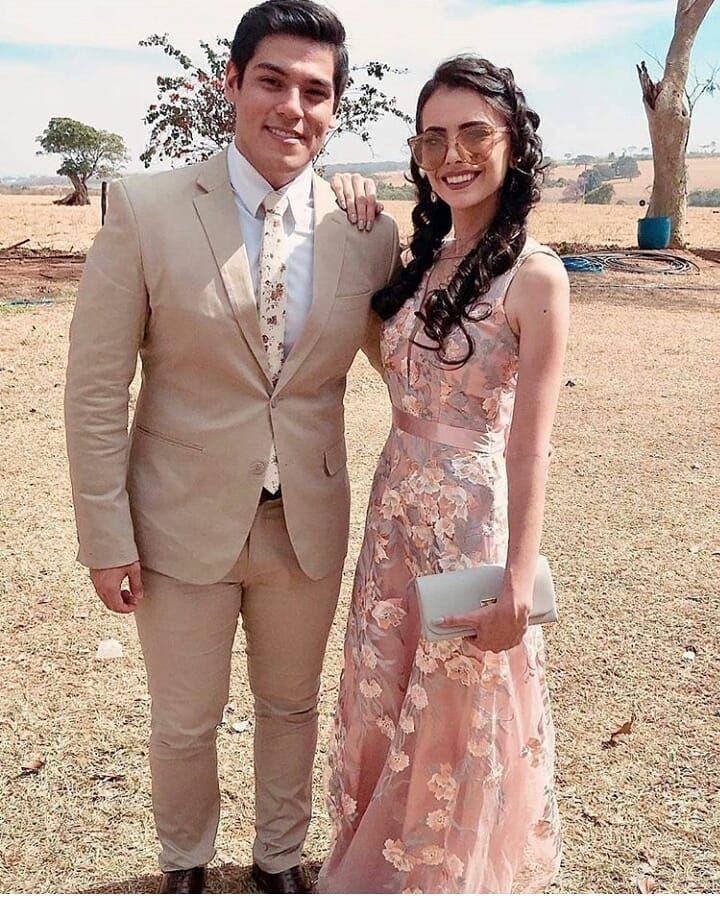 Stylish Prom Outfits For Prom Couples 2019
