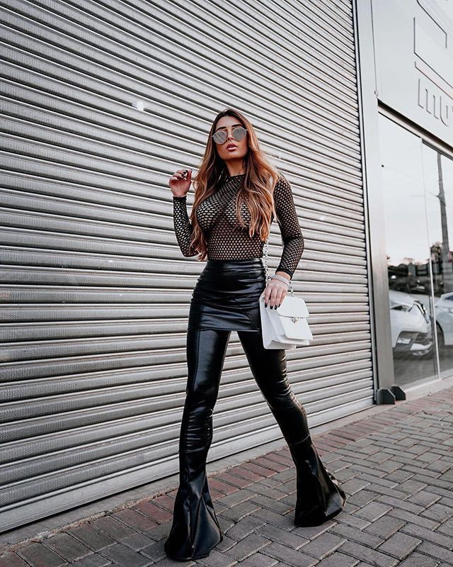 High waist flared pants outfit