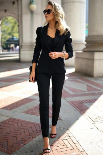 Business casual suit for women
