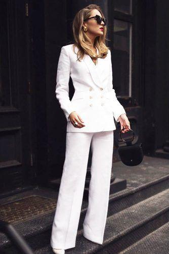 White linen suit for women, Polo neck
