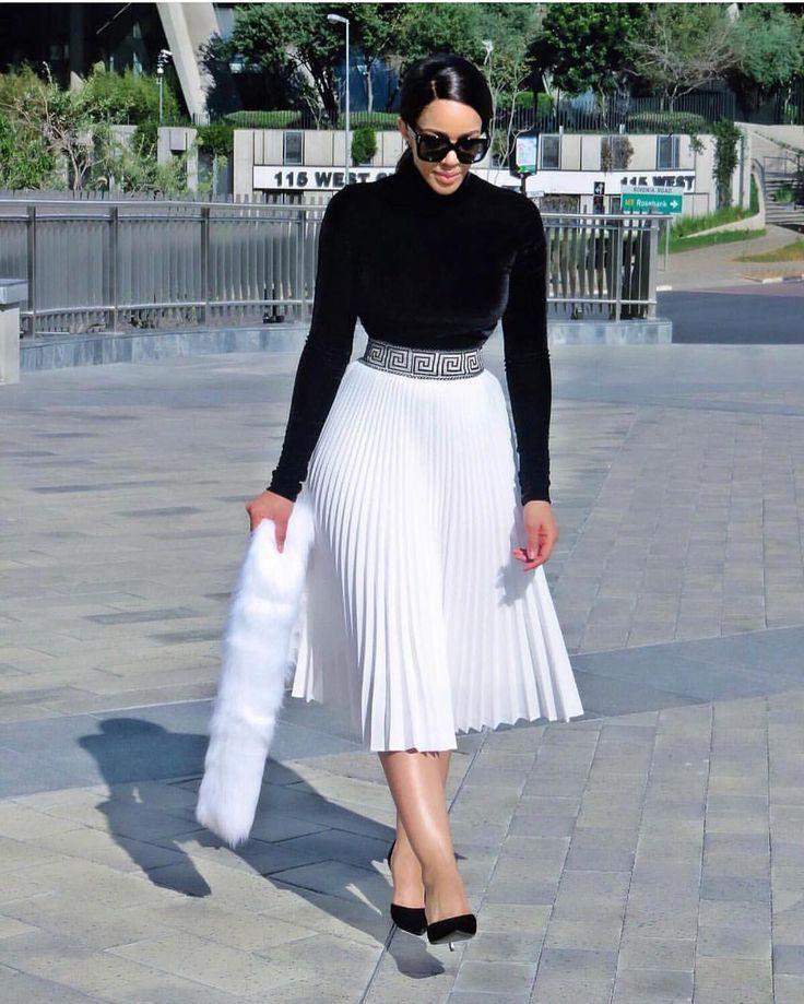 Kim k pleated skirt, Polka dot