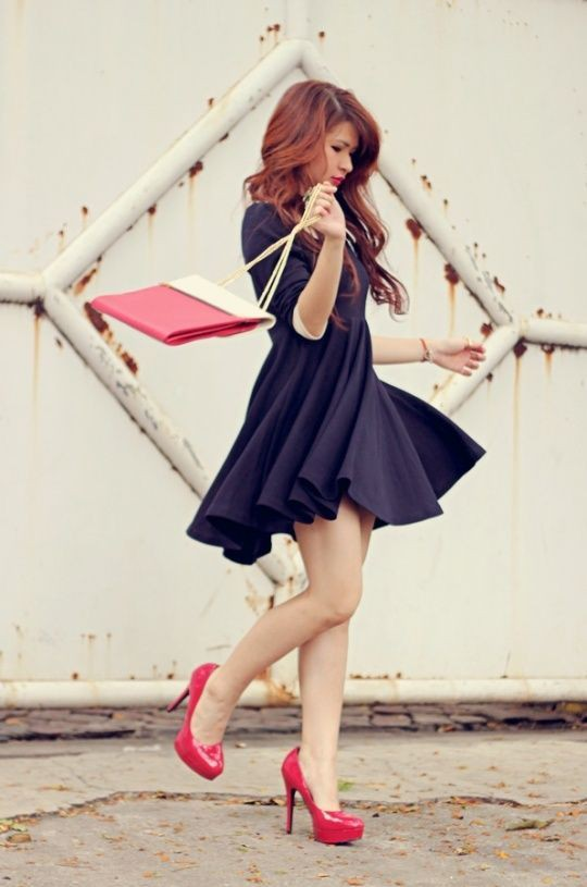 Women red shoes outfits