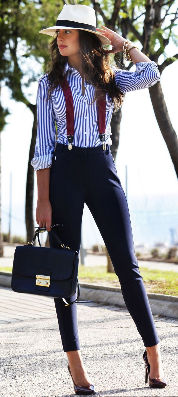 Women's Suspenders Outfit Ideas