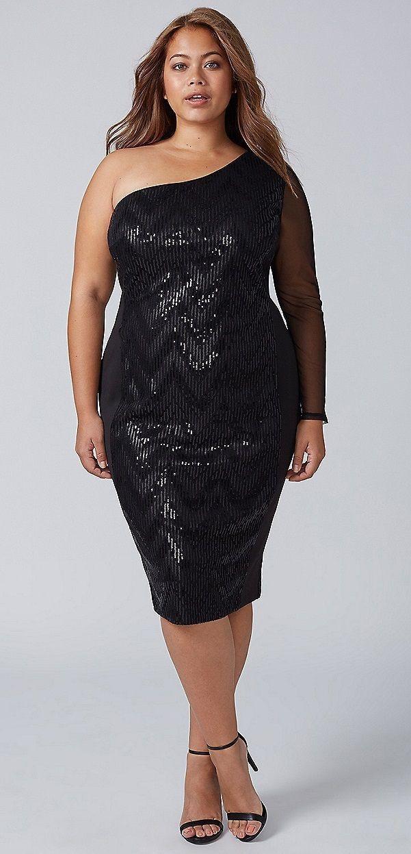 Street fashion tips for fashion model, Little black dress