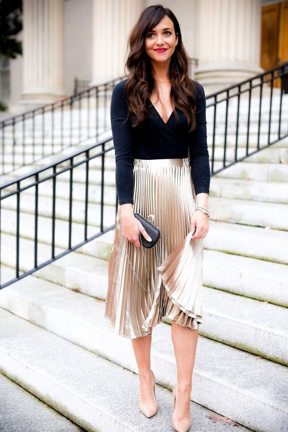 Just adorable! minimalist party outfit, Metallic Pleated Skirt
