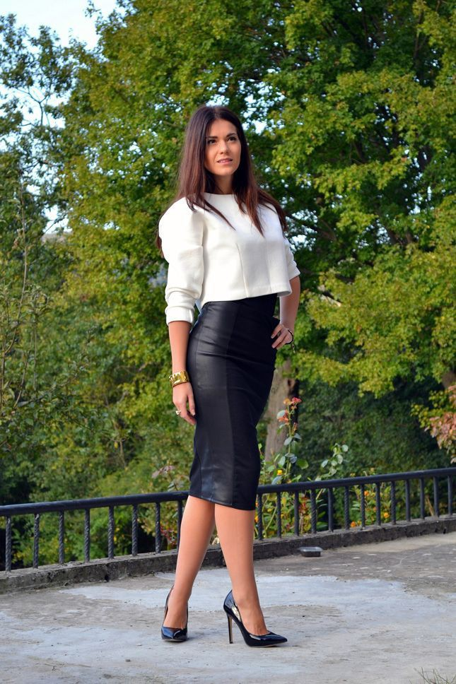 Black pencil skirt and pumps
