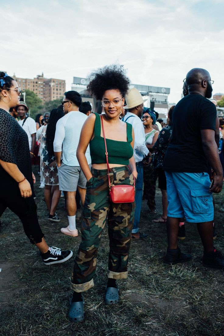 Find more of gov ball outfits, Street fashion