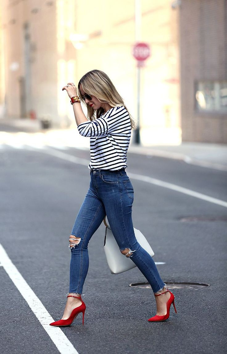 Pointed toe heels with jeans